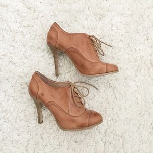 Sole Society Oxford Pumps